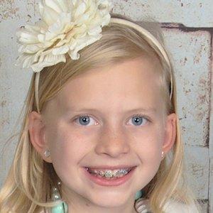 Alyssa FamilyFunPack Age