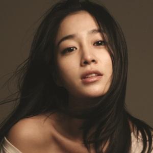 Lee Min-jung Age