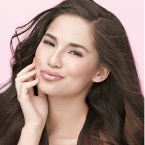 Jasmine Curtis-Smith Age