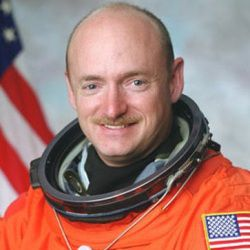Mark Kelly Age