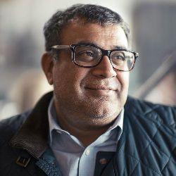 Om Prakash Malik Age