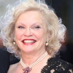 Sandra Dickinson Age