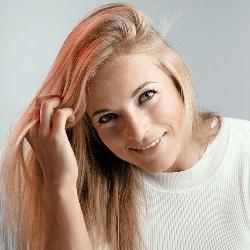 Lara Gut Age