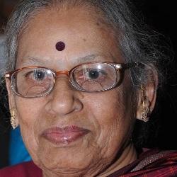 Vasundhara Komkali Age