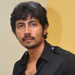 Karthik Kumar Age