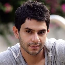 Arjun Mathur Age