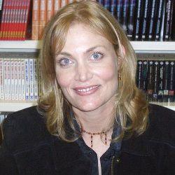 Daphne Ashbrook Age