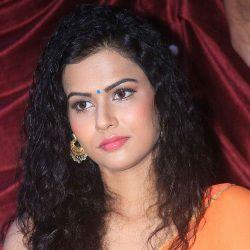 Sharmiela Mandre Age