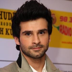 Girish Kumar Age