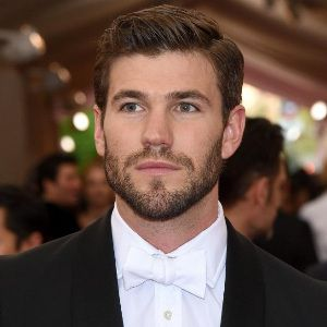 Austin Stowell Age