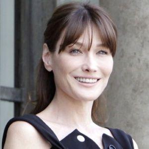 Carla Bruni Age