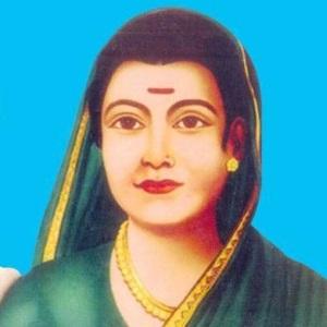 Savitribai Phule Age