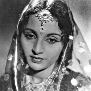 Shobhna Samarth Age