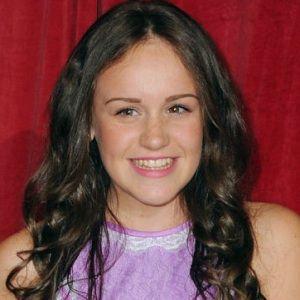 Ellie Leach Age