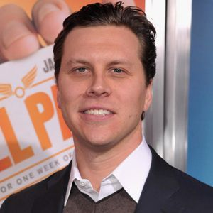 Hayes MacArthur Age