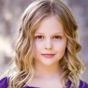 Emily Alyn Lind Age