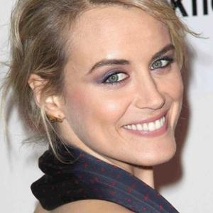 Taylor Schilling Age