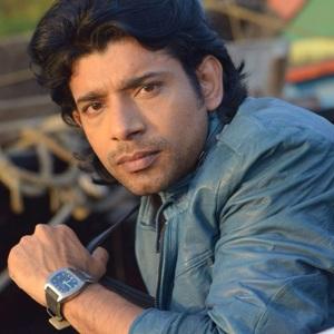 Vineet Kumar Singh Age