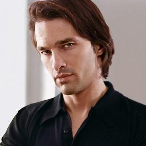Olivier Martinez Age