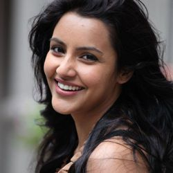 Priya Anand Age