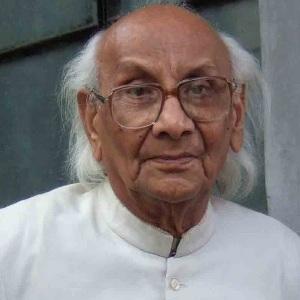 Abdul Qavi Desnavi Age