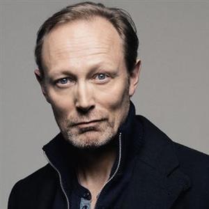 Lars Mikkelsen Age