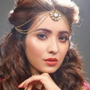 Asha Negi Age