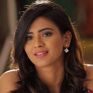 Hebah Patel Age
