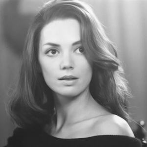 Joanne Whalley Age